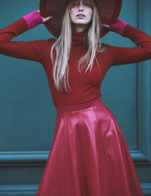 Fine Silk Blend Two Tone Turtleneck Red with Fuchsia