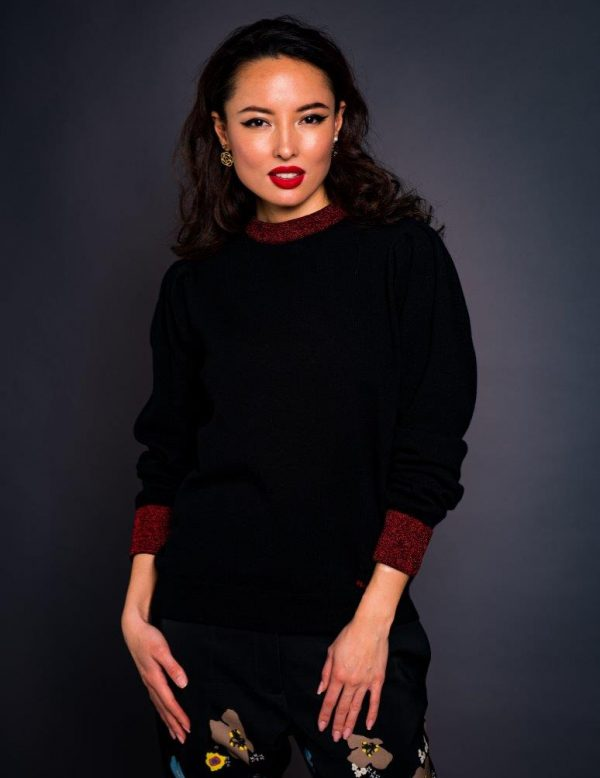 Black cashmere blend sweater with red lurex sparkles