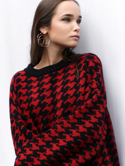 Houndstooth sweater Black with red